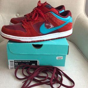 Nike dunk low pro SB size 12